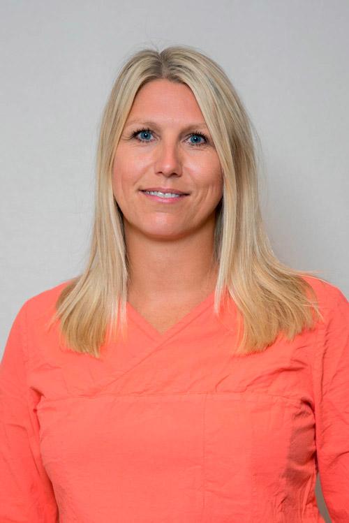 Julia Menning-Hagen : Speciallæge